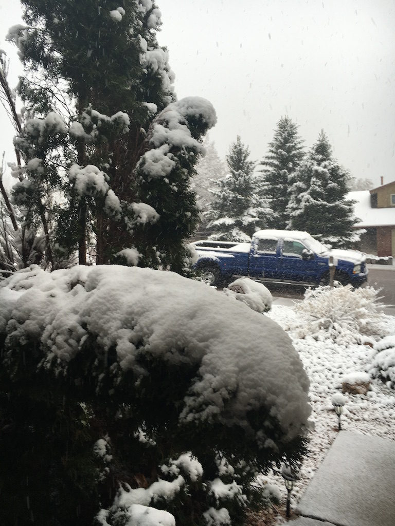 First stop Thursday was Colorado Springs where we stayed overnight with Rich and Aneka. Friday morning we woke up to this!
