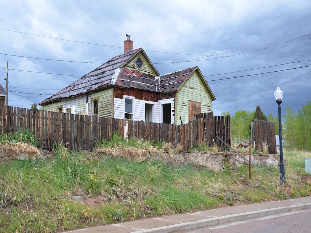 house for sale; fixer-upper, cheap!