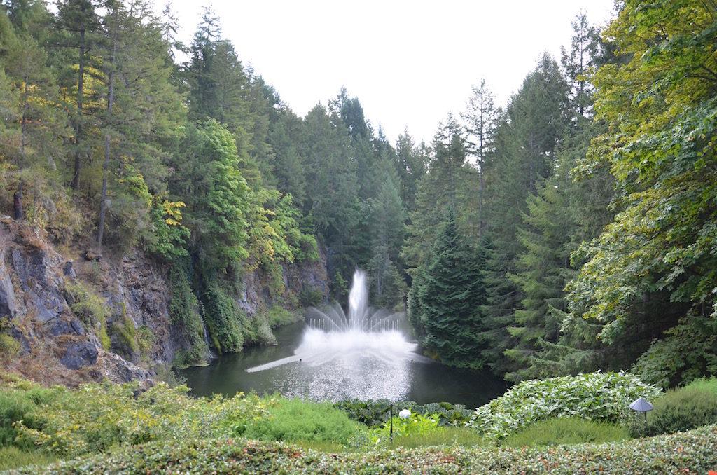 The dancing waters fountain; mesmerizing!